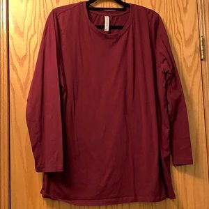 Zenana Outfitters Burgundy basic top